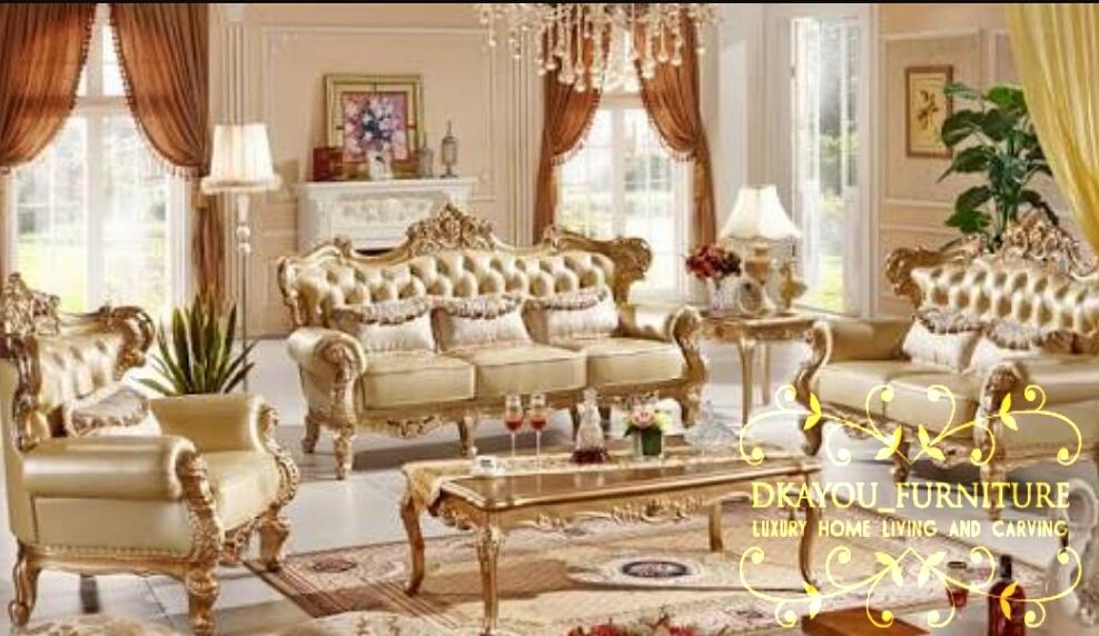 Set Kursi Sofa Ruang Tamu Klasik Modern